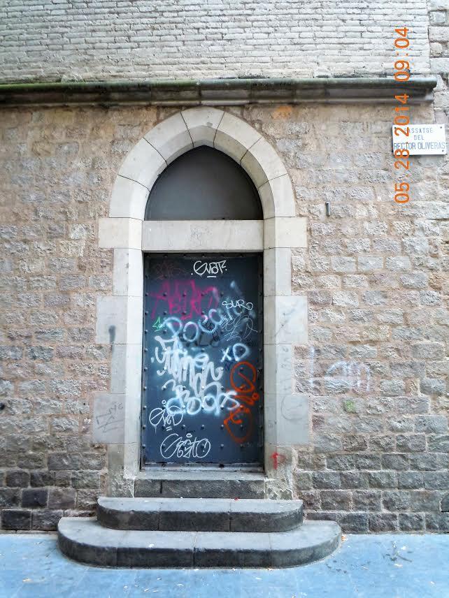 barcelona-door