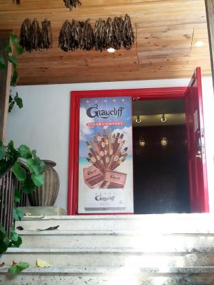 graycliff-cigar-company-door