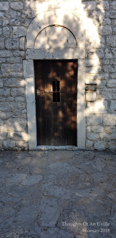 split doors 13